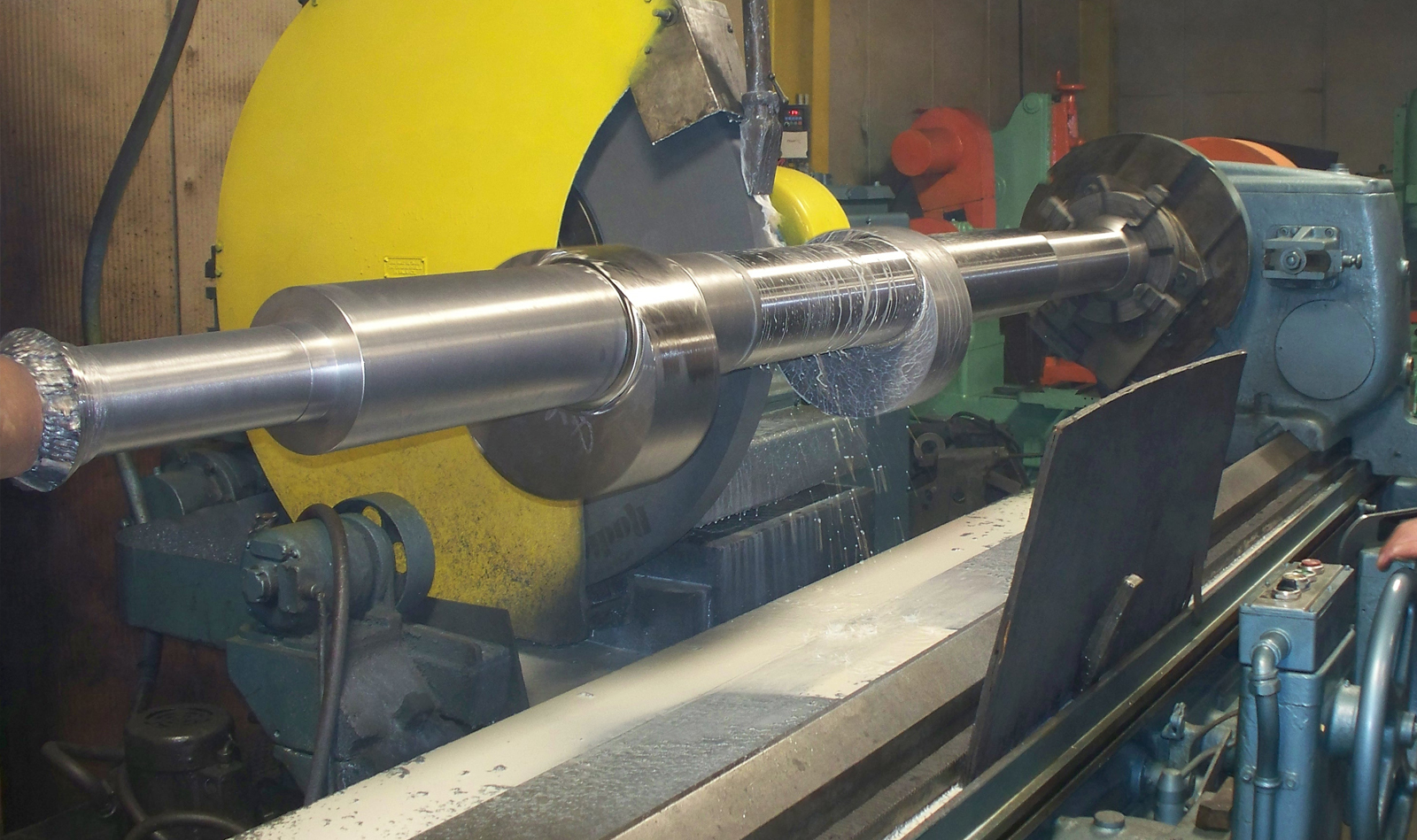 Large and heavy component machining services